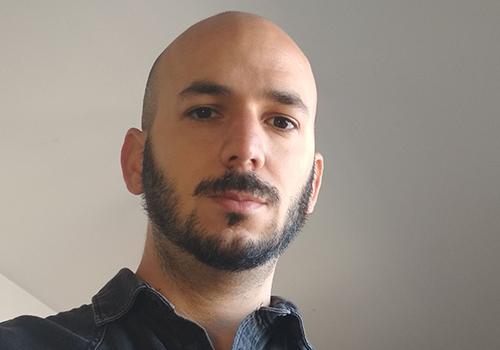 Leandro R Gonzalez